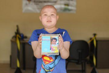 Cofrinhos ajudam a arrecadar dinheiro para acolhimento de crianças com câncer