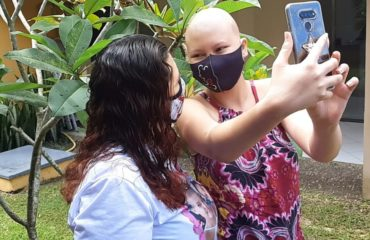 Aracy Valente Pinheiro e a filha Larissa Valente Lobato